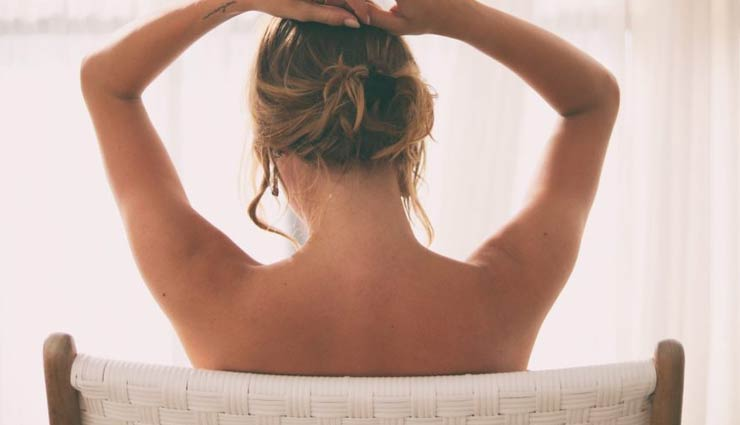 5 Remedies To Remove Tan From Arms Instantly