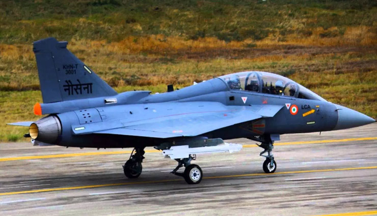 Naval variant of Tejas completes first-ever arrested landing in 'textbook' fashion