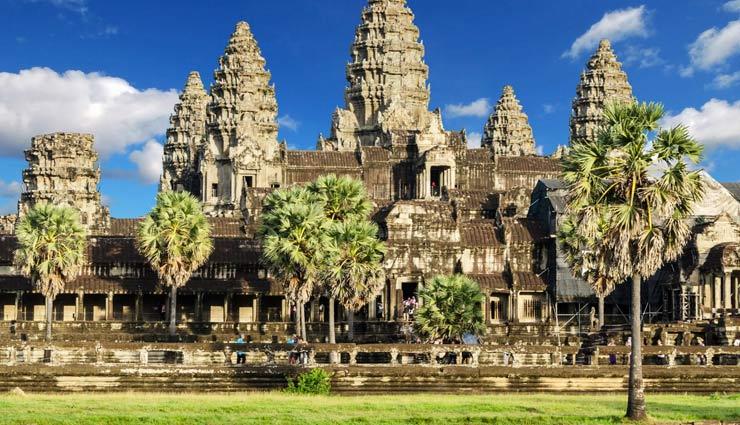 विदेशों में स्थित ये 5 हिन्दू मंदिर, बहती है आस्था की लहर