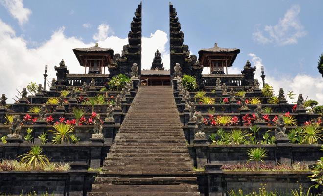 temples outside india,famous temples ,धार्मिक स्थल, वदेशों के धार्मिक स्थल, पर्यटन स्थल, विदेशी पर्यटन स्थल, मंदिर, खूबसूरत धार्मिक स्थल