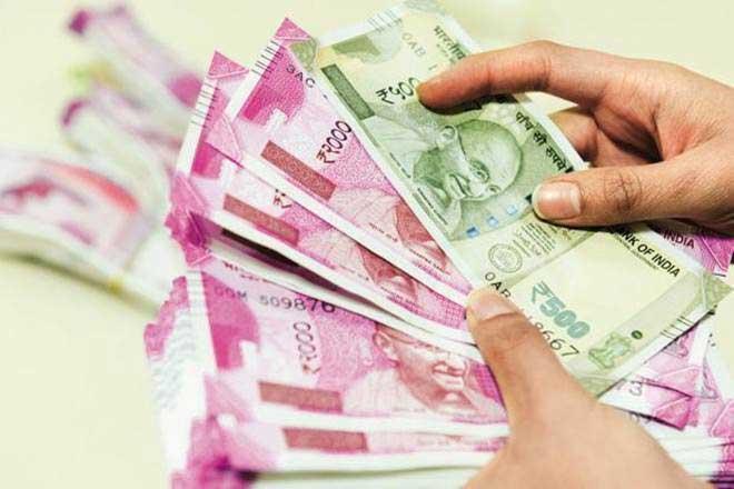 money in house,astrology tips,things bring money ,ज्योतिष टिप्स, वस्तु टिप्स, धन का आगमन, पानी से भरी सुराही, हनुमान मूर्ती, कुबेर मूर्ती