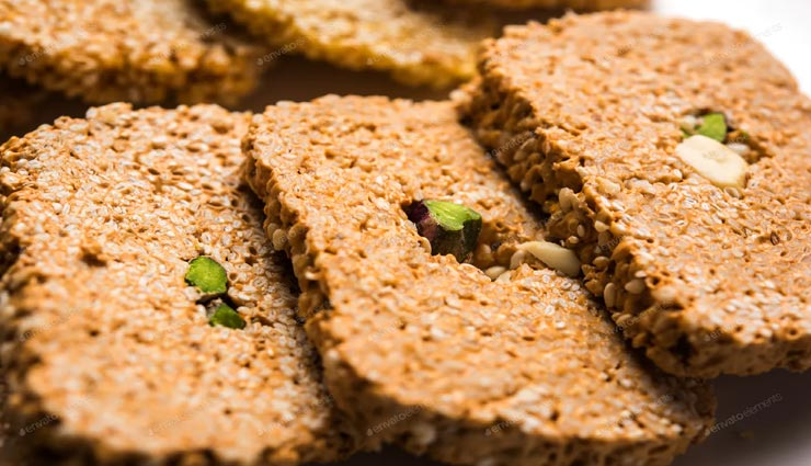 til gajak recipe,recipe,recipe in hindi,makar sakranti special ,तिल गजक रेसिपी, रेसिपी, रेसिपी हिंदी में, मकर सक्रांति स्पेशल