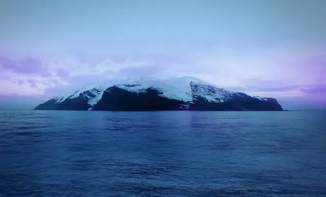 most remote island in the world,tiny bouvet island,remote island