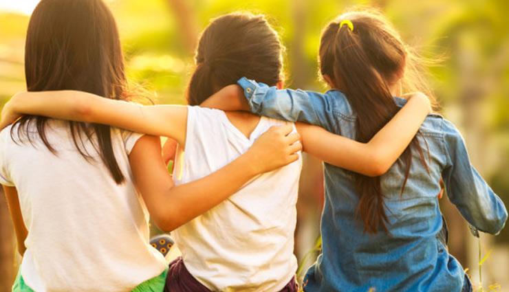 good friends,tips to choose good friends ,दोस्ती, दोस्तों का चुनाव, दोस्त बनाने के तरीके, रिलेशनशिप टिप्स