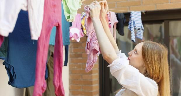 tips to dry clothes,clothes care tips ,सर्दियों में कपडे सुखाना, कपड़ों के टिप्स, सर्दियों के टिप्स, कपड़ों को सुखाना
