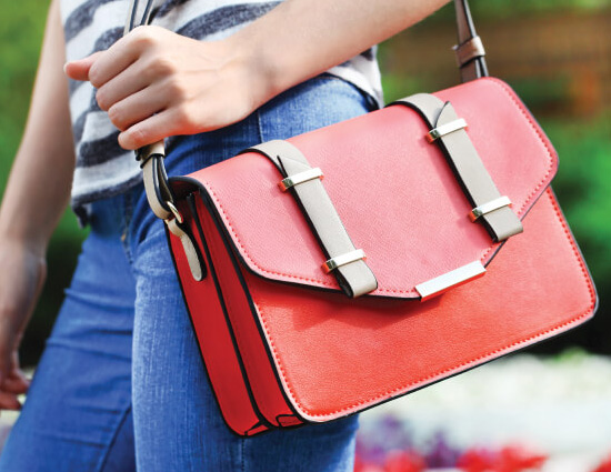 5 Clever Tips To Keep Your Purse Organized