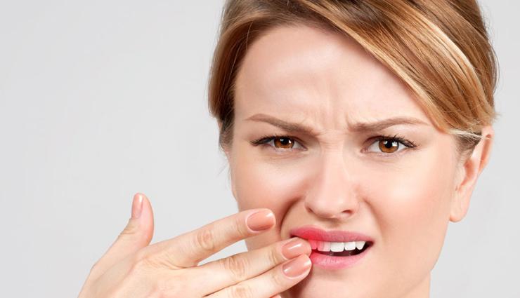 दांतो के दर्द से है परेशान तो तुरंत अपनाए ये घरेलू उपाय, मिलेगा आराम