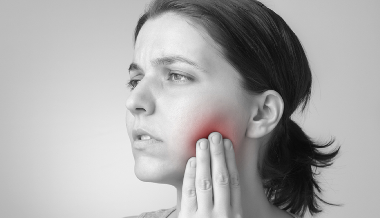 Suffering From Tongue Blisters, Try These Home Remedies