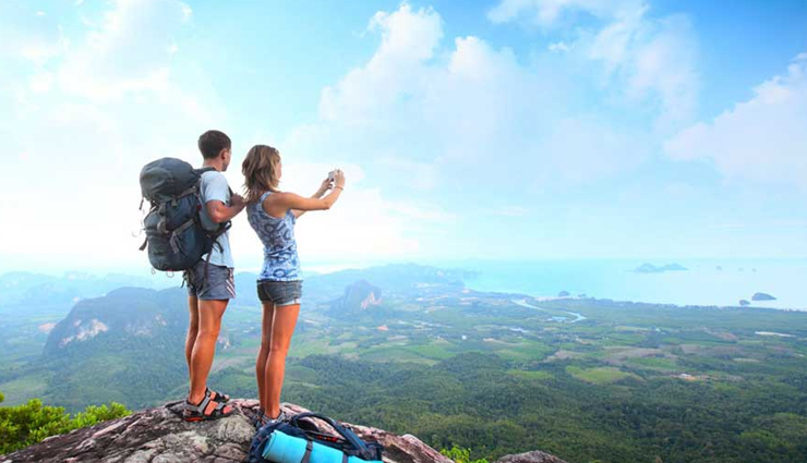 16 Things To Keep in Mind While Traveling First Time as Couple