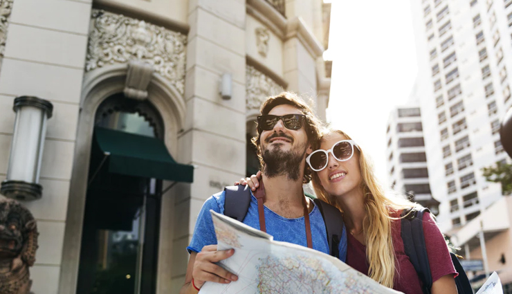 things to keep in mind while traveling first time as couple,couple traveling tips,traveling tips,couple tips,relationship tips