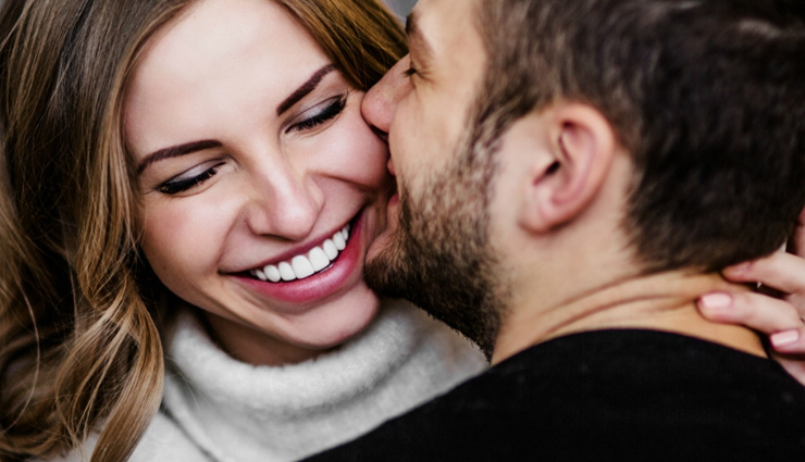 5 Different Ways To Kiss Your Partner for a Happy Relationship