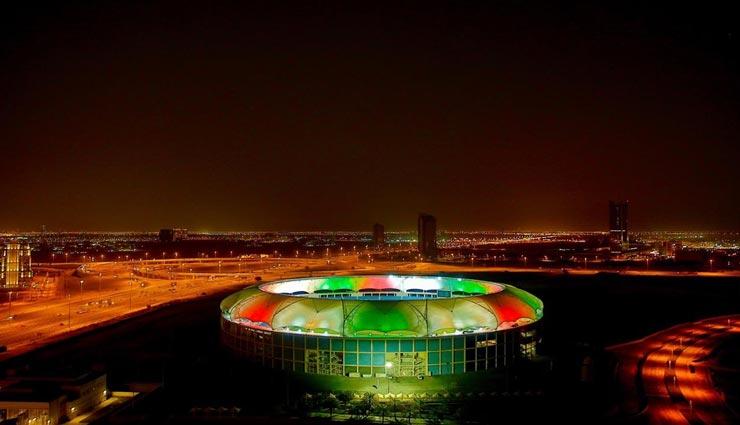 IPL 2020 : आगाज के लिए तैयार हैं UAE, रोशनी से जगमगाए स्टेडियम