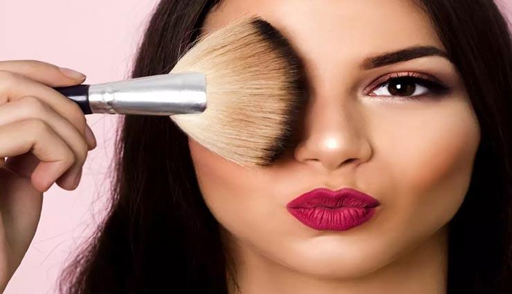 beauty tips,beauty tips in hindi,makeup tips,combination skin makeup tips ,ब्यूटी टिप्स, ब्यूटी टिप्स हिंदी में, मेकअप टिप्स, कॉम्बिनेशन स्किन का मेकअप