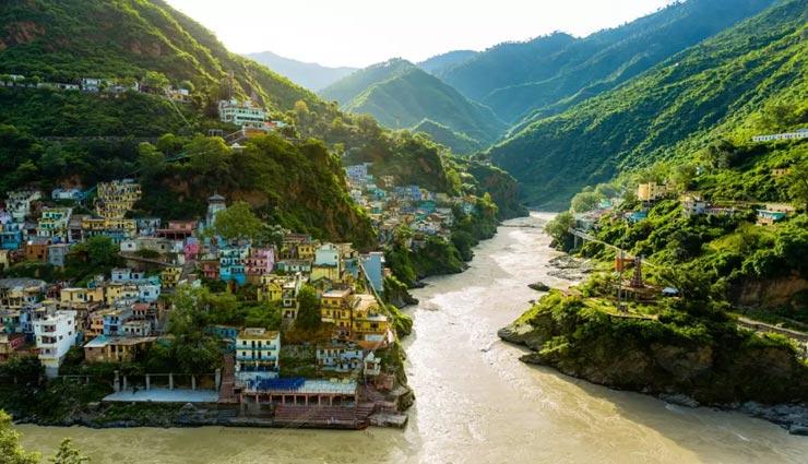 उत्तराखंड के इन गांवो में बिताए गर्मियों की छुट्टियां, मन मोह लेगा यहां का वातावरण