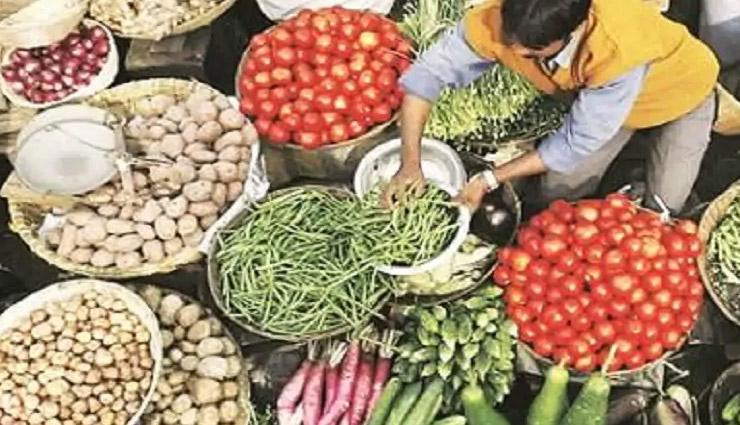 हफ्ते भर में दोगुने हुए आलू-प्याज समेत कई सब्जियों के दाम, टमाटर 100 रुपए के पार