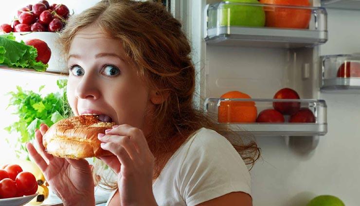 इन 5 कारणों से भोजन के बाद भी नहीं भरता आपका पेट, जानें और संभलें