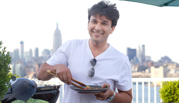 chef vikas khanna,directorial debut,upcoming movie,entertainment news