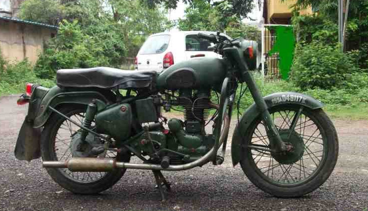 vintages bikes of india,bikes,bullet,yezdi,rajdoot,yamaha rx 100,suzuki samurai