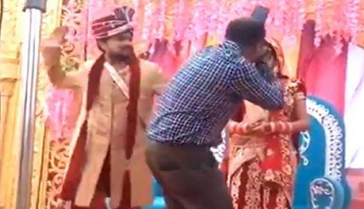 वायरल विडियो : दूल्हे ने जड़ा कैमरामैन को थप्पड़ तो दुल्हन नहीं कर पाई खुद पर कंट्रोल