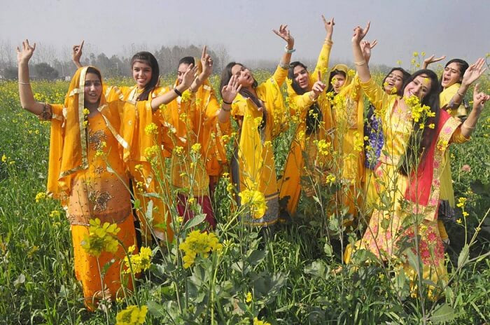 vasant panchami 2019,wearing yellow on vasant panchami,astrology tips,basant panchami