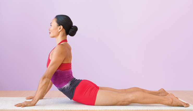 5 Yoga Poses Effective For Weight Gain - lifeberrys.com
