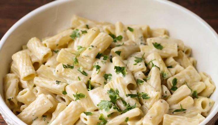 creamy white sauce pasta,pasta recipe,snacks recipe