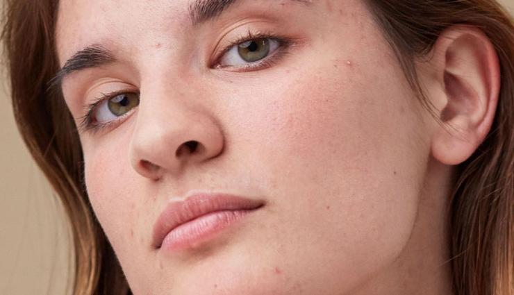 DIY Basil and Aloe Vera Face Mask To Get Moisturized Skin