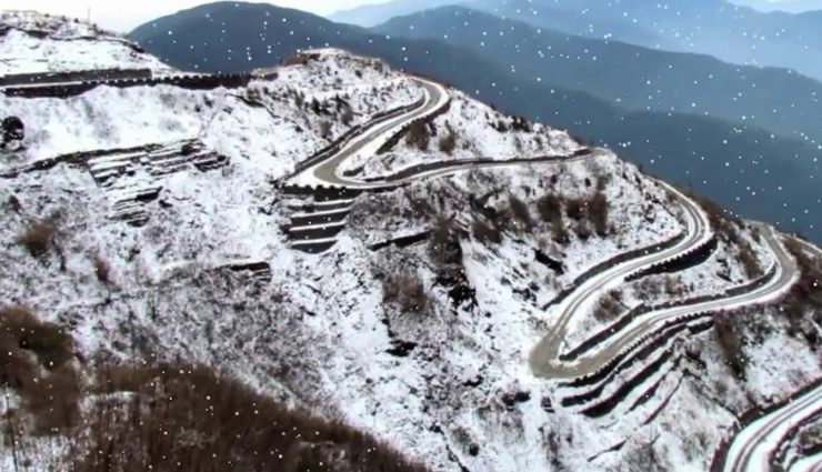winter destinations to visit in india,india tourism,tourist places in india,winter destinations,kalpa,zuluk,mechuka,sonmarg,zanskar valley,tawang,travel,holidays,travel guide