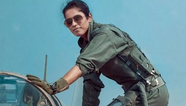 भारतीय वायु सेना की पहली महिला ऑपरेशनल फाइटर पाइलट बनी भावना कंठ