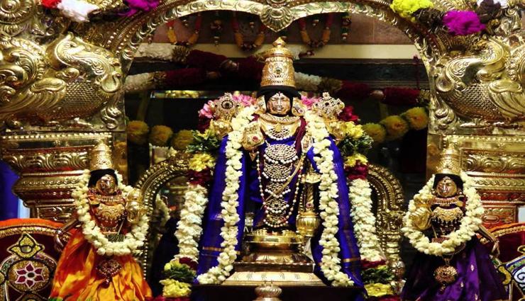 pushpaka vimanam,tirupati,swami awakening,devotees ,புஷ்பக விமானம், திருப்பதி, சுவாமி எழுந்தருளல், பக்தர்கள்