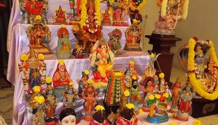 நவராத்திரி விழா உற்சாகத்துடன் தொடங்கியது