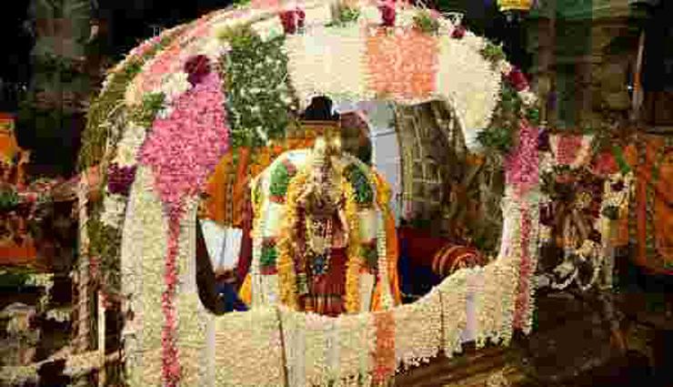 மதுரை கள்ளழகர் கோவில் ஆடித்திருவிழா கொடியேற்றம்; பக்தர்கள் பங்கேற்க முடியாத நிலை