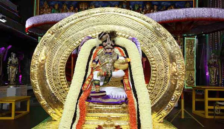 திருமலை பிரம்மோற்சவத்தில் சந்திர, சூரிய பிரபை வாகனத்தில் சுவாமி உலா