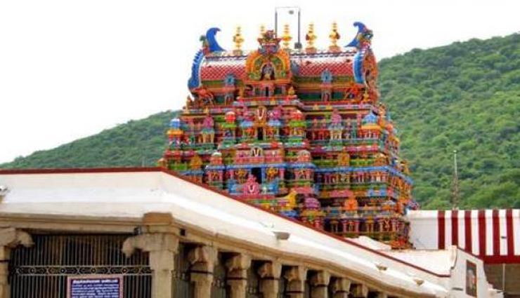 audi festival,madurai,kallazhagar temple,flag hoisting ceremony ,ஆடித் திருவிழா, மதுரை, கள்ளழகர் கோவில், கொடியேற்று விழா