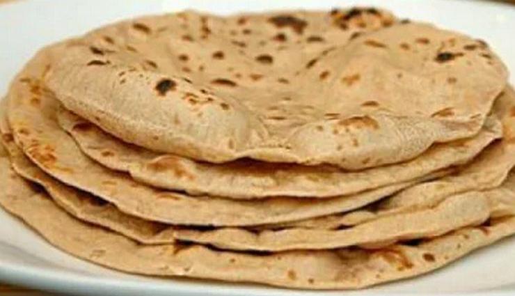 chapati,tenderness,flavor,milk,a little oil ,சப்பாத்தி, மென்மை, சுவை, பால், சிறிதளவு எண்ணெய்