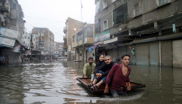 heavy rains,floods,pakistan,rescue ,பலத்த மழை, வெள்ளம், பாகிஸ்தான், மீட்பு