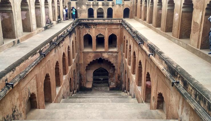 lucknow,haunted places,oel house,para imambara ,லக்னோ, பேய் இடங்கள், ஓஇஎல் வீடு, பாரா இமாம்பரா