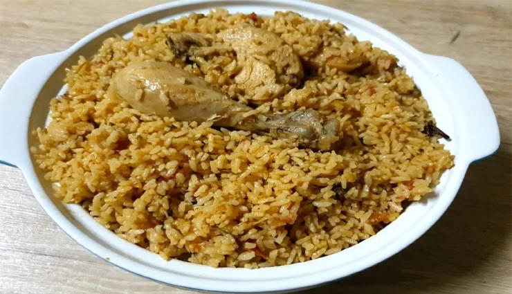ambur chicken biryani,ginger,garlic,tomato,onion ,ஆம்பூர் சிக்கன் பிரியாணி,இஞ்சி,பூண்டு,தக்காளி,வெங்காயம்