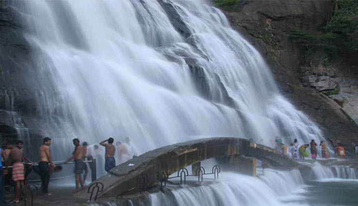 courtallam,waterfalls,tourist place,temples,parks ,குற்றாலம்,நீர்வீழ்ச்சி,சுற்றுலாத்தலம்,கோயில்கள்,பூங்காக்கள்