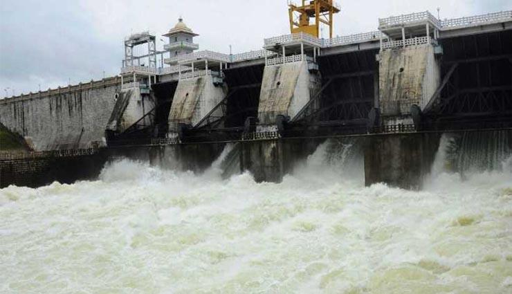 karnataka,heavy rains,floods,water,dams ,கர்நாடகம்,கனமழை,வெள்ளஅபாயம்,தண்ணீர்,அணைகள்