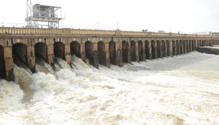 கர்நாடகத்தில் கனமழை காரணமாக தமிழக அணைகளுக்கு நீர்வரத்து அதிகரிப்பு