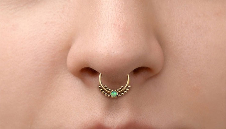 beautiful,nose,ring,for females,fashion ,ఆడవాళ్లకు, అందమైన, ముక్కుపోగు,  ముక్కు భాగంలోని, నరాలను
